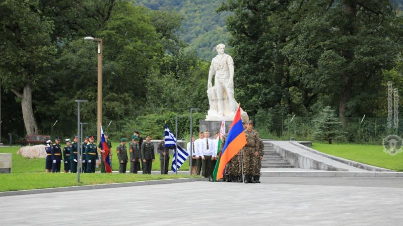 Հայաստանում մեկնարկել է «Խաղաղության մարտիկ» մրցույթը (լուսանկարներ)