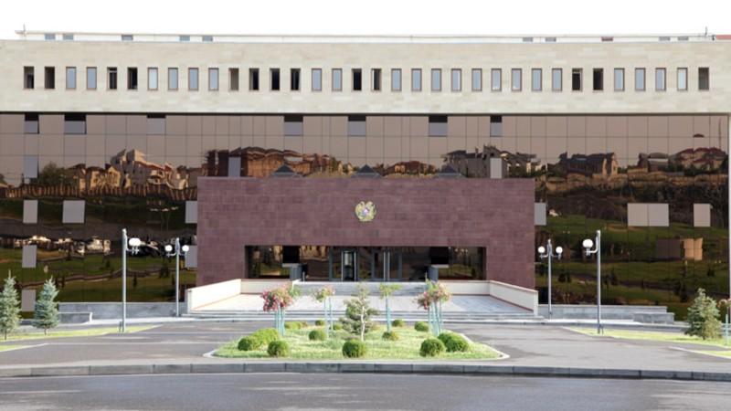 Տեղեկությունը, թե իբրև ՀՀ ԶՈՒ ստորաբաժանումները Գեղարքունիքի մարզի մարտական հենակետերից կրակ են բացել ադրբեջանական դիրքերի ուղղությամբ, չի համապատասխանում իրականությանը