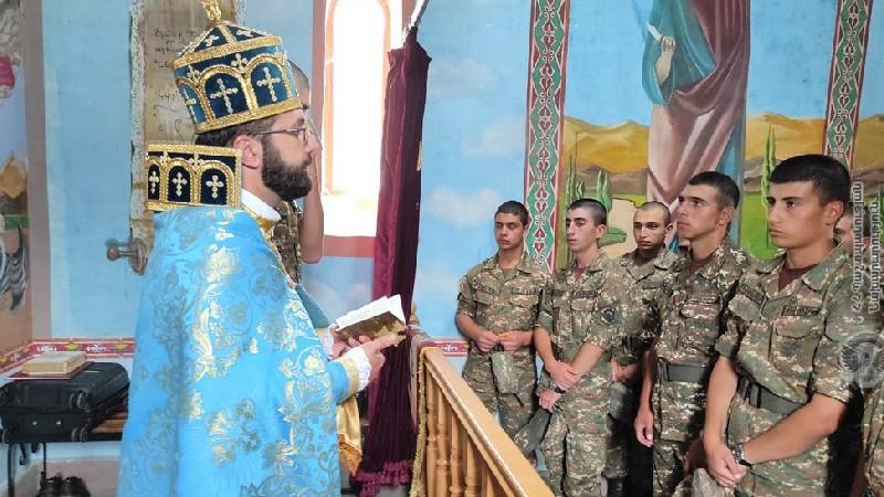 Զինվորները նշել են Վարդավառի տոնը