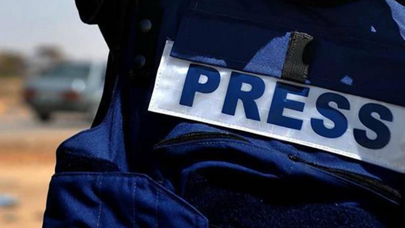 Արտասահմանցի լրագրողները զարմացած են՝ Արցախում որևէ խանութ թալանված չէ, անգամ ապակիները կոտրված խանութները