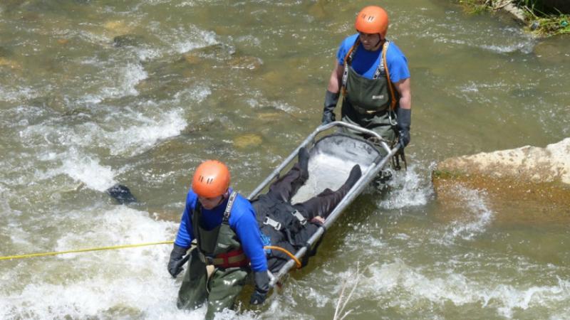 Փրկարարները 25-ամյա երիտասարդին դուրս են բերել գետից․ տուժածը հոսպիտալացվել է