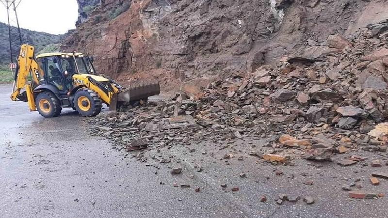 Գնդեվազ-Ջերմուկ ավտոճանապարհին տեղի է ունեցել քարաթափում