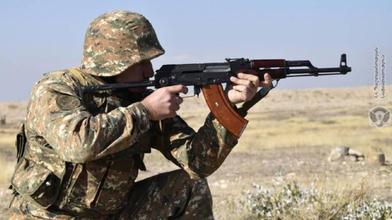 Ադրբեջանական ԶՈՒ-ը դիպուկահար հրացաններից կրակ են վարել՝ փորձելով թիրախավորել մեր զինծառայողներին. ՊՆ