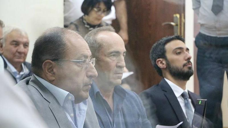 Դատարանում շարունակվում է Ռոբերտ Քոչարյանի եւ մյուսների գործով դատական նիստը