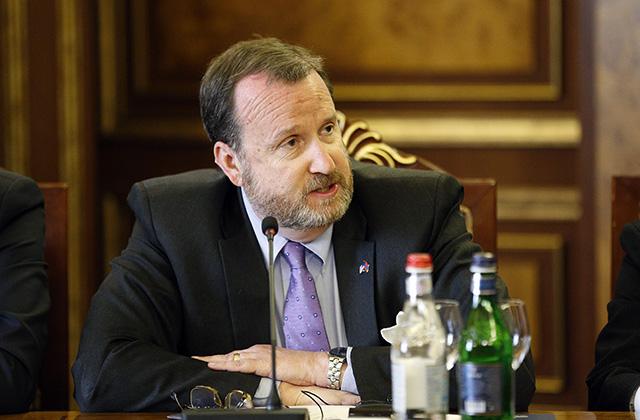 Ռիչարդ Միլսը Միացյալ Նահանգներից դեպի Հայաստան ներդրումների հոսք է ակնկալում