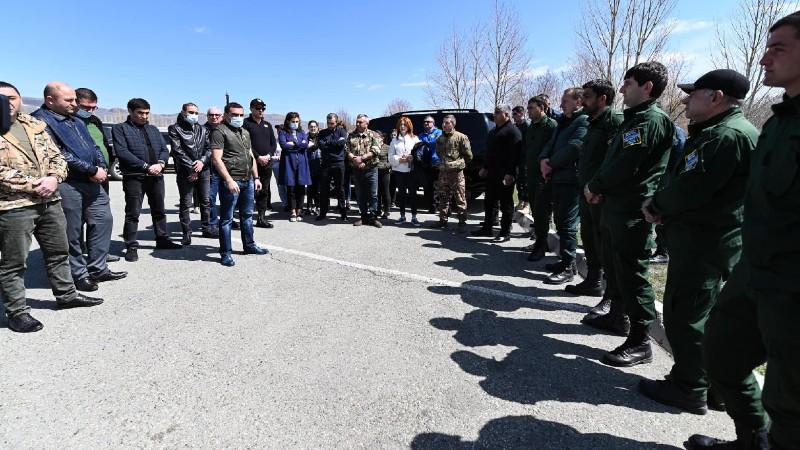 Սևանա լիճը Հայաստանի շրջակա միջավայրի գոհարն է. Ռոմանոս Պետրոսյանը Գեղարքունիքի մարզում մասնակցել է շաբաթօրյակի