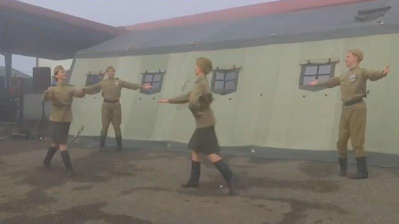 Համերգ ռուս խաղաղապահների համար Լաչինի միջանցքի դիտակետերում (տեսանյութ)