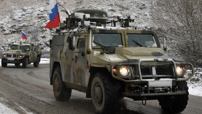 Արցախում ռուս խաղաղապահների տեղափոխող մեքենա է պայթել ականի վրա. երկու խաղաղապահ վիրավորվել է