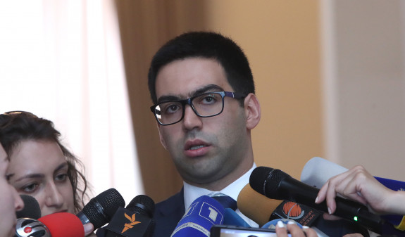 Իշխանության կողմից որեւէ ճնշման մասին փաստ առկա չէ, եւ չի կարող լինել.Ռուստամ Բադասյան