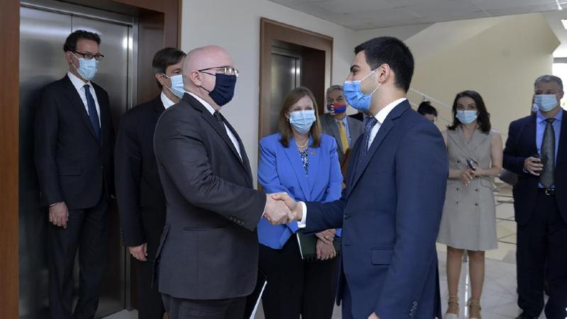 Ռուստամ Բադասյանն ընդունել է Ֆիլիպ Ռիքերի գլխավորած պատվիրակությանը. կողմերը վերահաստատել են համագործակցությունը ընդլայնելու հանձնառությունը