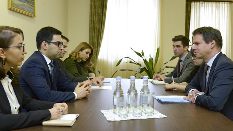 Ռուստամ Բադասյանն ընդունել է Ֆրանսիայի դեսպանին․ քննարկվել են նոր դատավորների նշանակման ընթացակարգերը  և մի շարք այլ հարցեր