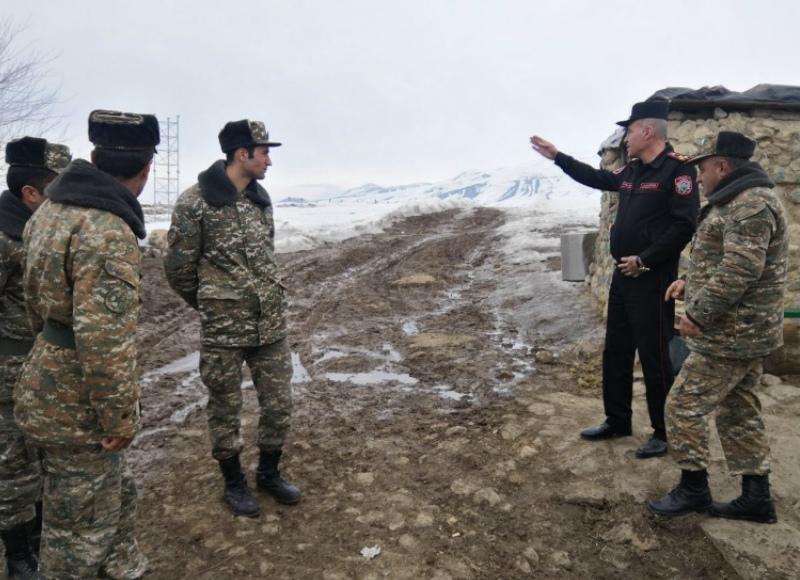 Ռազմական ոստիկանության սպաներն այցելել են սահմանամերձ զորամասեր