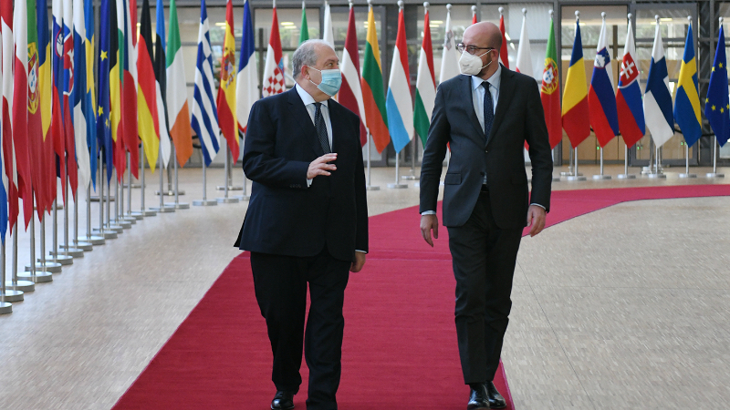 Հրադադարը բացարձակ անհրաժեշտություն է, իսկ Թուրքիան պետք է դուրս գա այս հակամարտությունից. Արմեն Սարգսյան