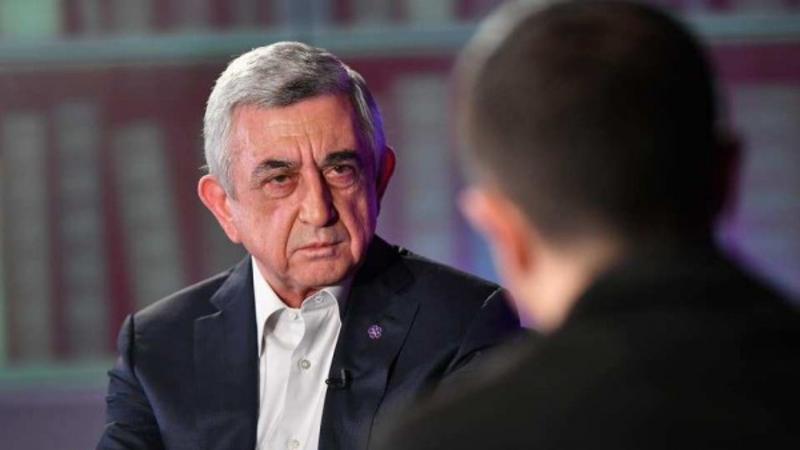 Ինչու է Սերժ Սարգսյանն իր մոտ հրավիրել «Պատիվ ունեմ»-ի 7 պատգամավորներին. «Հրապարակ»