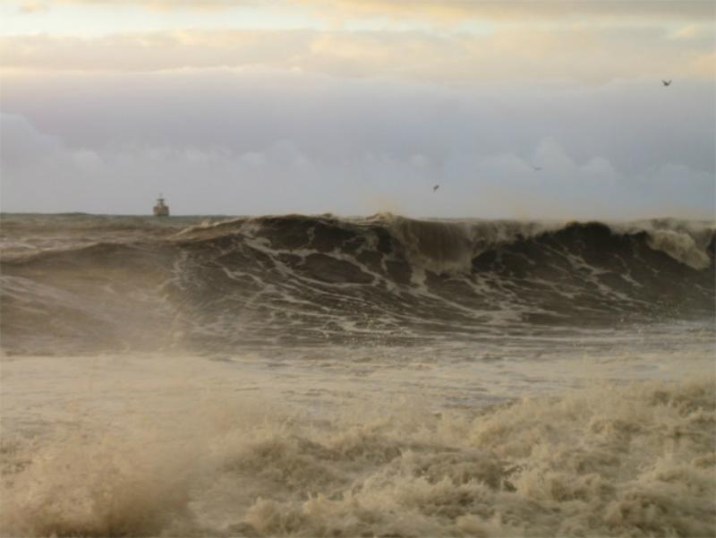 Սև ծովում փոթորիկ է. լողալն արգելվում է