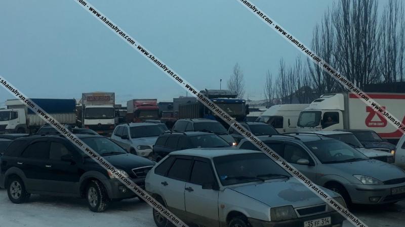 Արտակարգ իրավիճակ Սյունիքի մարզում․ բքի պատճառով 150-ից ավելի մեքենաներ ողջ գիշեր մնացել են բաց երկնքի տակ