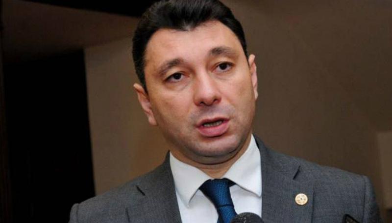 Շարմազանովը ՀԱՊԿ անդամ որոշ պետություններին հիշեցրել է, որ Ադրբեջանին նրանց վաճառած զենքը կրակում է Հայաստանի ուղղությամբ