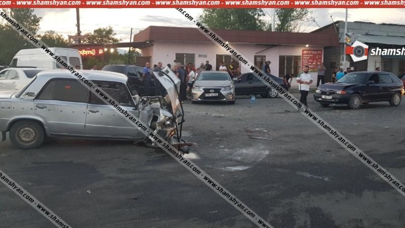 Շղթայական ավտովթար Արարատի մարզում. Հայանիստ գյուղի խաչմերուկում բախվել են Lexus-ը, Chevrolet-ն, Opel Astra-ն ու 06-ը. կան վիրավորներ