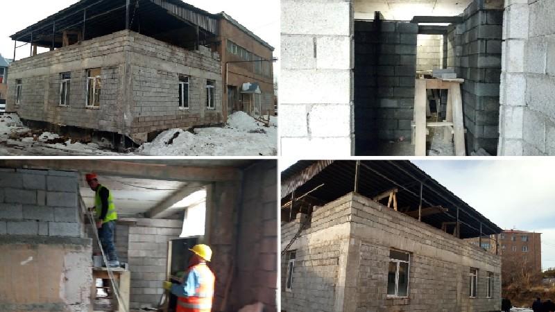 Շարունակվում են Ջերմուկ քաղաքի համալիր սոցիալական ծառայությունների տարածքային կենտրոնի վերանորոգման աշխատանքները