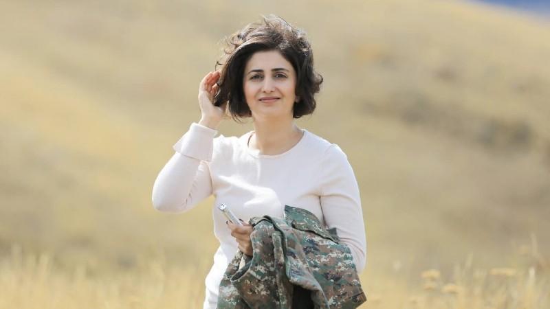 Երախտապարտ եմ այս ծանր օրերին կողքիս լինելու և աջակցելու համար. Շուշան Ստեփանյանը հեռանում է ՊՆ խոսնակի պաշտոնից