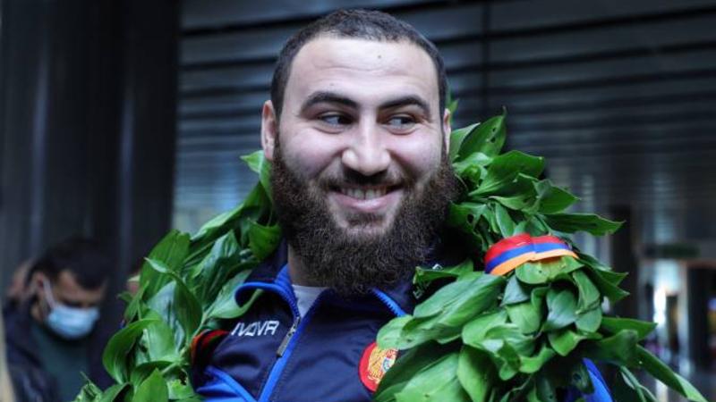 Ծանրամարտի աշխարհի չեմպիոն, օլիմպիական խաղերի փոխչեմպիոն Սիմոն Մարտիրոսյանին մեղադրանք է առաջադրվել