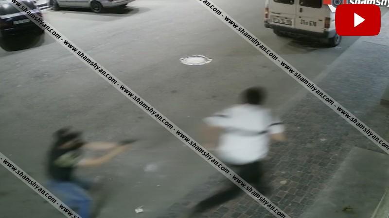Տեսախցիկն արձանագրել է Երևանի Շենգավիթ վարչական շրջանում հրազենի գործադրմամբ տեղի ունեցած սպանությունը