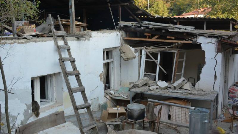 Առավոտյան հրթիռակոծվել է Ստեփանակերտը. թիրախում դարձյալ քաղաքացիական ենթակառուցվածքներն են. ԱՀ ԱԻՊԾ (լուսանկարներ)