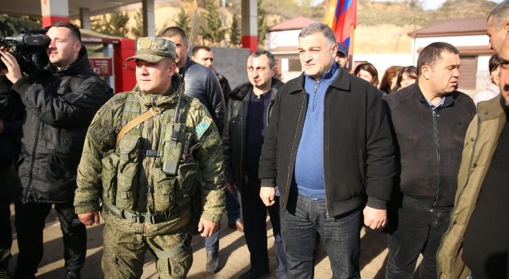 Խաղաղապահների օրվա առիթով Ստեփանակերտի քաղաքապետ Դավիթ Սարգսյանն այցելել է ռուս խաղաղապահներին