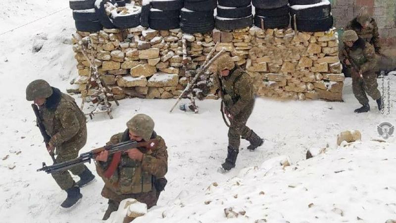 4-րդ զորամիավորման ենթակայությամբ գործող N զորամասի մարտական հենակետերից մեկում ստուգվել է մարտական հերթապահության կազմակերպման գործընթացը