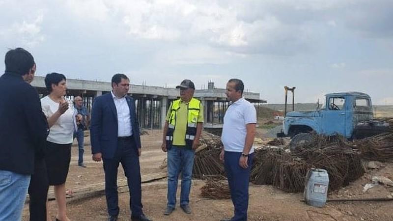 Սուրեն Պապիկյանը ծանոթացել է Հայաստանում կառուցվող առաջին սանիտարական աղբավայրի շինարարության ընթացքին
