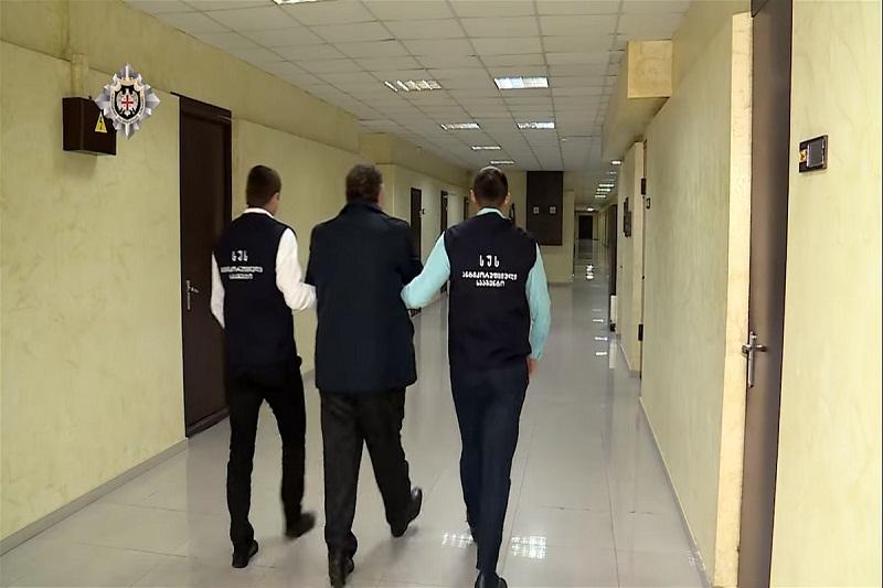 Նինոծմինդայի քաղաքապետարանի հայազգի աշխատակիցը ձերբակալվել է խոշոր չափի կաշառք վերցնելու մեղադրանքով