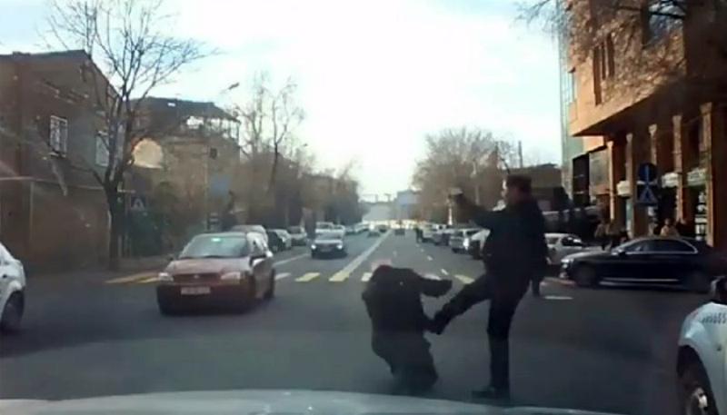 Տաքսիստին ծեծած «Յաշիկի» վարորդի որդին օրերս մահացել է.«Հրապարակ»