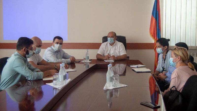 Տավուշի մարզպետն ընդունել է Հայաստանում ԿԽՄԿ պատվիրակության անդամներին