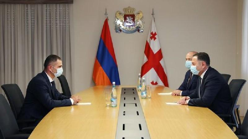 Հայաստանի ԱԱԾ սահմանապահ զորքերի հրամանատարը հանդիպել է Վրաստանի ՆԳ նախարարին