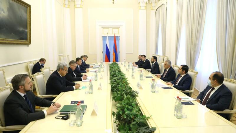 Տեղի է ունեցել ՀՀ և ՌԴ փոխվարչապետերի հանդիպումը