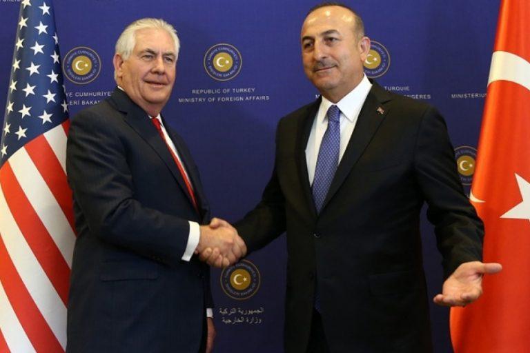 Թուրքիայի ԱԳՆ ղեկավարը Փարիզում հանդիպել է ԱՄՆ պետքարտուղարի հետ