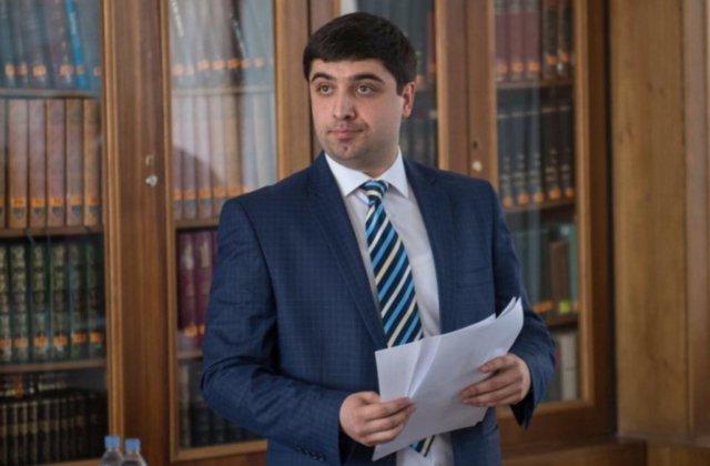 Վաղարշակ Հակոբյանն ազատվել է ՀՀ սփյուռքի նախարարի խորհրդականի պաշտոնից