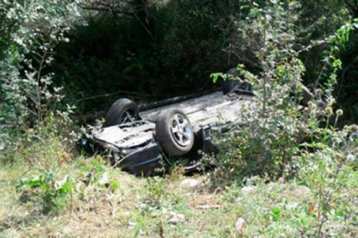 6 ու 3 տարեկան երեխաներ են տուժել. Արագածոտնում մեքենան ընկել է ձորը