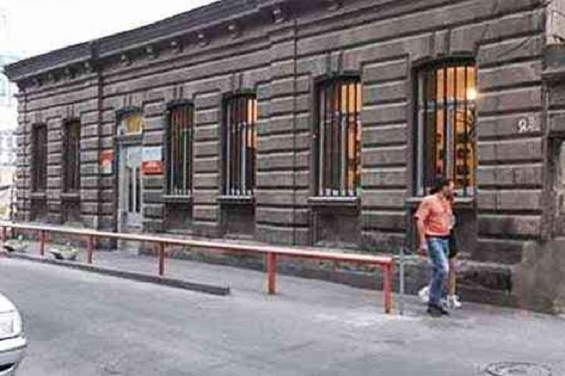 Կասեցվել է Արամի 23 հասցեին կից շինության ապօրինի քանդման աշխատանքները