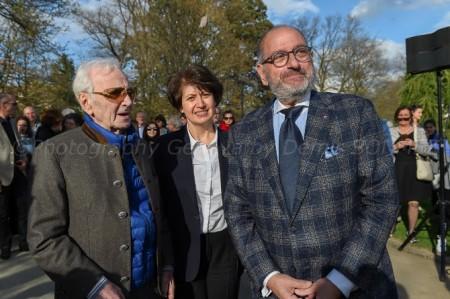 Շառլ Ազնավուրի մասնակցությամբ բացվեց «Հիշատակի Լապտերներ» հուշահամալիրը