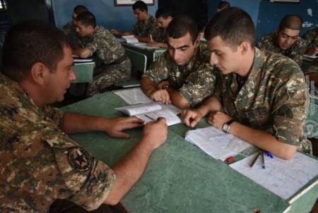 ՀՀ ՊՆ 5-րդ բանակային զորամիավորումում անցկացվել են կուրսանտական դասընթացներ