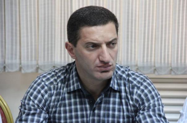 Գևորգ Պետրոսյանի՝ մանդատից հրաժարվելու մասին դիմումը, Գագիկ Ծառուկյանը չի ընդունել