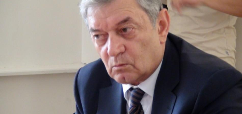 Թեժ պայքար Ֆելիքս Ցոլակյանի և Սամվել Բալասանյանի միջև. «Փաստ»