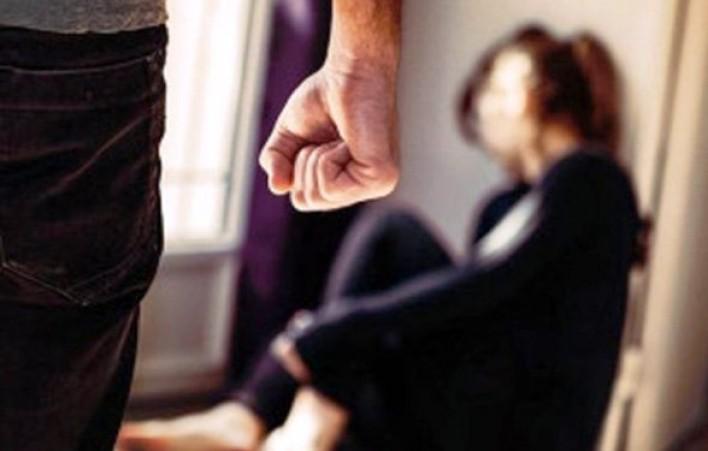 Երևանում ամուսինը ծեծել է կնոջը, աստիճանավանդակից ցած նետել տան նկուղային հարկ. սպանության մանրամասները