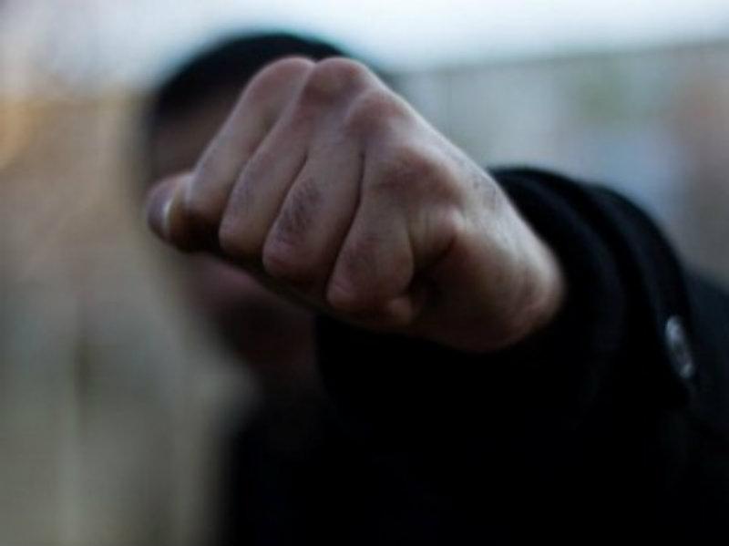Ստեփանակերտում եղբայրները ծեծի են ենթարկել Իսրայելի քաղաքացուն՝ քարով գլխին խփելով