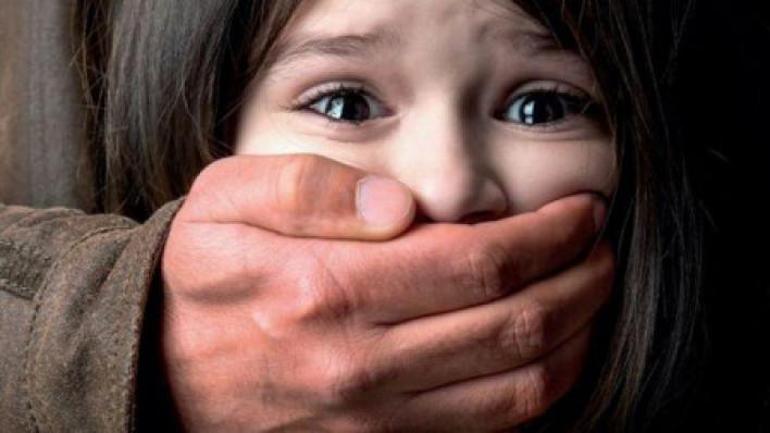 Մայրը հայտնել է , որ քրոջ ամուսինը սեռական բնույթի գործողություններ է կատարել իր 13-ամյա դստեր նկատմամբ