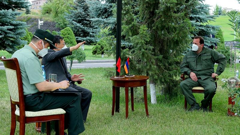 Դավիթ Տոնոյանը հանդիպել է Հայաստանում Չինաստանի դեսպանին․ քննարկվել են երկուստեք հետաքրքրություն ներկայացնող հարցեր