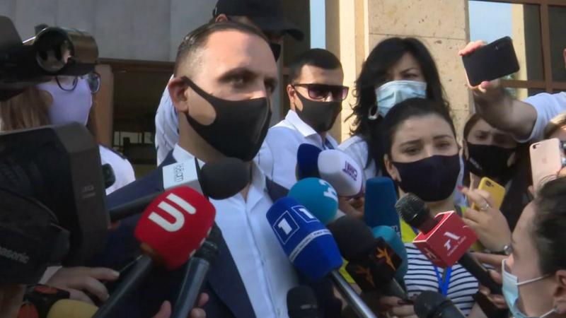Դատարանը մերժեց Ծառուկյանի պաշտպանների ներկայացրած միջնորդությունը