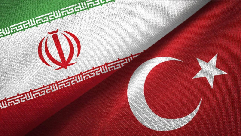 Թուրքիան փակել է իր բոլոր անցակետերը Իրանի բեռնատարների համար