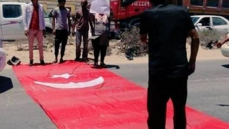 Լիբիայի փողոցներում անարգել են Թուրքիայի դրոշը (տեսանյութ)